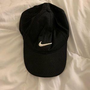 Nike black mesh cap